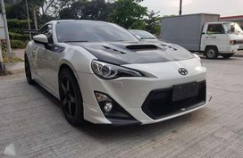 2013 Toyota 86 trd automatic 15tkms FOR SALE
