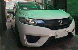 2015 Honda Jazz 1.5V FOR SALE