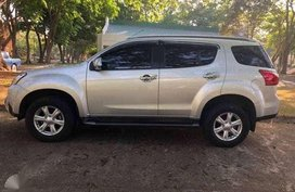 Like new Isuzu Mu-x 3.0 for sale