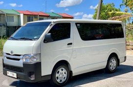 2018 Toyota Hi-Ace Commuter 3.0 manual FOR SALE
