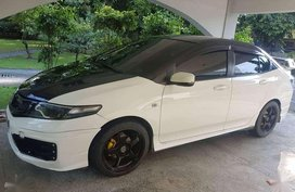 2nd Hand Honda City 2013 Model. Automatic - very good condition