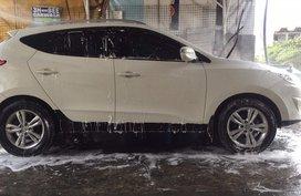 2011 Hyundai Tucson AT White for sale
