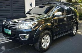 2011 Toyota Fortuner gas at for sale