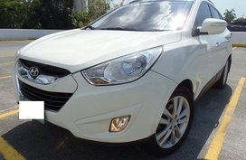 Top of the Line Hyundai Tucson 2012 for sale
