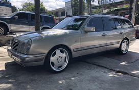 Selling 2nd Hand Mercedes-Benz 230 1997 in Quezon City