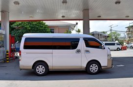 2nd Hand 2015 Toyota Hiace Van for sale in Lemery