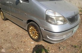 Like new Nissan Serena for sale