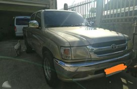 2004 Toyota Hilux 2L for sale