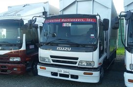 Selling Like New Van Isuzu Forward Diesel Manual in Talavera