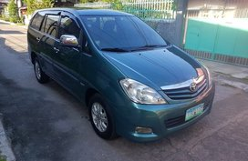 2011 Toyota Innova G for sale