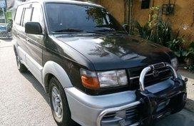 Toyota Revo SR 2000 for sale