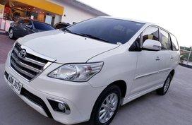 Toyota Innova V Automatic 2015 for sale