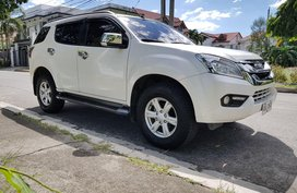 Isuzu Mu-X 2015 for sale