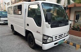 2007 Isuzu NHR for sale