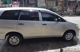 Toyota Innova 2014 J Gas for sale