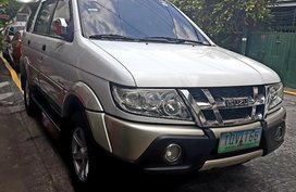 Isuzu Crosswind XUV 2.5L 2012 for sale