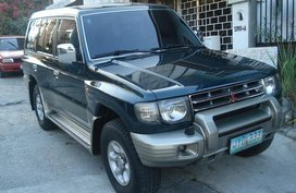 Selling Black Mitsubishi Pajero 1998 Automatic Gasoline