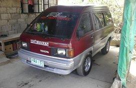 Well kept Toyota Lite Ace van for sale