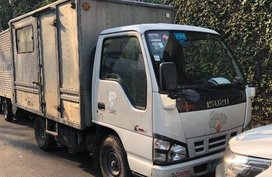 2010 Isuzu NHR for sale