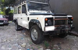 Selling 2nd Hand (Used) Land Rover Defender 1997 in Cebu City