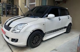 Selling 2nd Hand (Used) Suzuki Swift 2010 in Quezon City