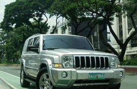 Selling Jeep Commander 2010 Automatic Diesel in Quezon City