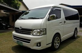 2nd Hand 2009 Toyota Hiace Automatic Diesel for sale in Alabat
