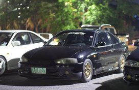 Selling 2nd Hand (Used) 2001 Mitsubishi Lancer Automatic Gasoline in Parañaque