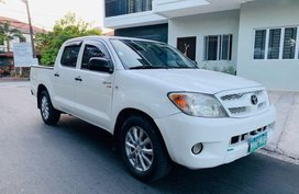 2nd Hand (Used) Toyota Hilux 2005 for sale in Las Piñas