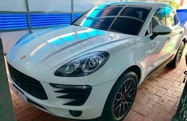 Sell 2nd Hand 2018 Porsche Macan Automatic Gasoline at 3000 in Muntinlupa
