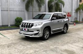 Selling Brand New Toyota Land Cruiser Prado 2019 in Quezon City