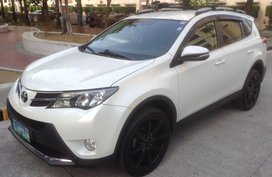 Selling Used Toyota Rav4 2013 Automatic Gasoline in Pasig