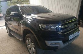 Black Ford Everest 2016 at 30000 km for sale in Pasig
