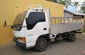 Selling Isuzu Elf 2017 Manual Diesel in Bacolod