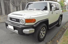 Selling Toyota Fj Cruiser 2015 Automatic Gasoline