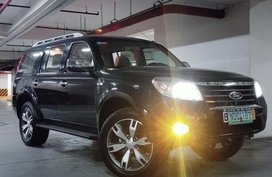 Used Ford Everest 2009 at 100000 km for sale