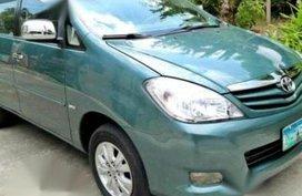 2nd Hand Toyota Innova 2010 for sale