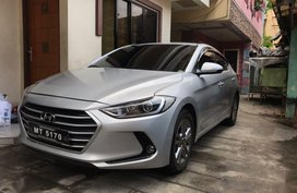 Selling 2nd Hand Hyundai Elantra 2018 in Quezon City