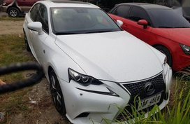 Lexus Is 350 2014 at 40000 km for sale