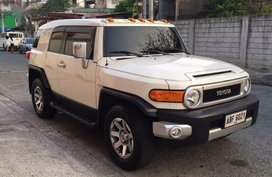 Selling Toyota Fj Cruiser 2015 Automatic Gasoline in Quezon City