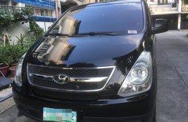 Selling 2nd Hand Hyundai Starex 2010 in Makati