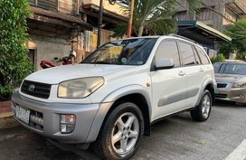 Selling Used Toyota Rav4 2003 in Manila