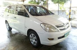 2nd Hand Toyota Innova 2006 Manual Diesel for sale in San Leonardo