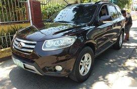 Used Hyundai Santa Fe 2012 at 80000 km for sale
