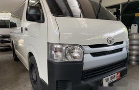 White Toyota Hiace 2017 Manual Diesel for sale in Quezon City