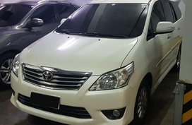 Selling Toyota Innova 2014 Automatic Diesel at 40000 km in Quezon City