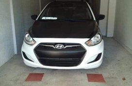 Selling Hyundai Accent 2013 Automatic Gasoline in Mandaluyong
