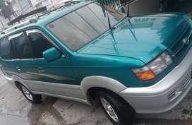 Toyota REVO 2000 for sale
