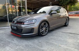 Selling Volkswagen Golf Gti 2017 Automatic Gasoline in Pasig