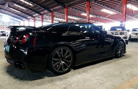 Sell 2nd Hand 2009 Nissan Skyline in Quezon City